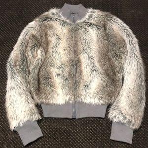 Jackets & Blazers - NWT faux fur